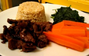 Fast-Fry, Hot and Sticky Sweet Meat with Carrots, Spinach and Long Grain Brown Rice